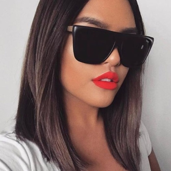 47920eb52a5 Quay OTL II Black x Desi Perkins sunglasses